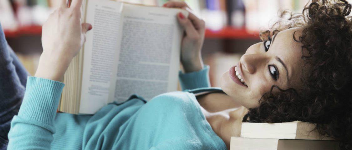 Lasīšana attīsta prasmi izprast apkārtējos